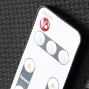 V9 Touchscreen und Fernbedienung