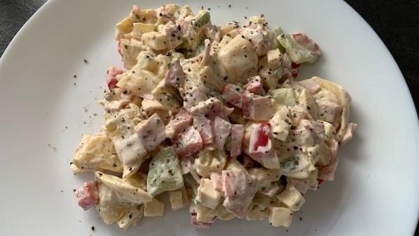 Fruchtiger-Tortellini-Salat