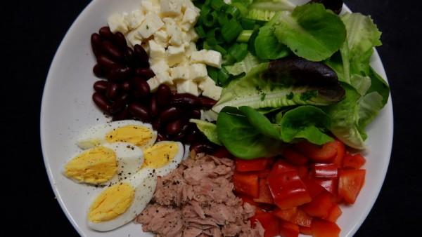 thunfisch-bowl-salat-bohnen